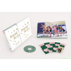TWICE - MERRY & HAPPY MONOGRAPH (PHOTOBOOK + 1 DVD + PHOTOCARD 9EA)