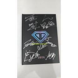 簽名版 D-CRUNCH - 0806 (1ST SINGLE ALBUM)